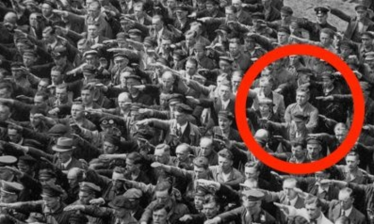 حكاية النازى الذى تحدى هتلر بسبب حبيبته