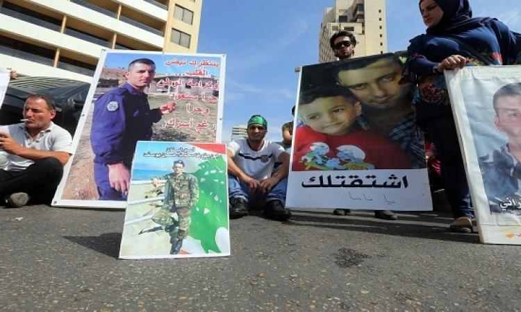 جبهة النصرة تطلق 16 عسكريا لبنانيا فى صفقة تبادل