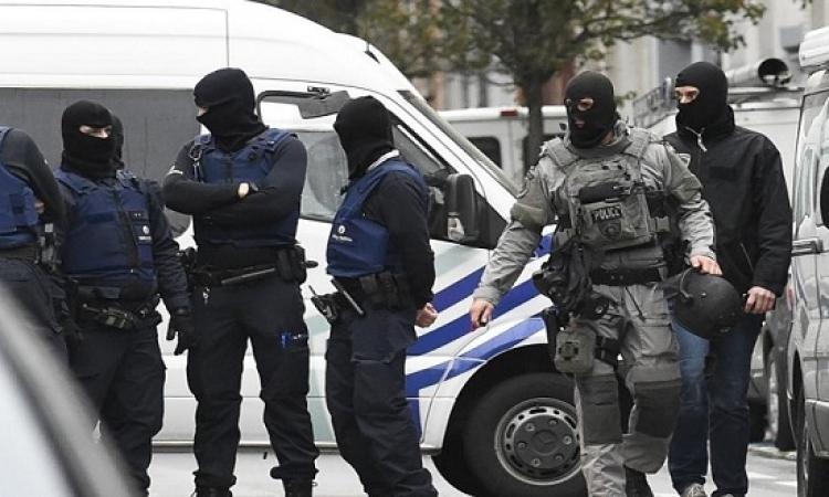 اعتقال شخصين فى بروكسل على خلفية هجمات باريس