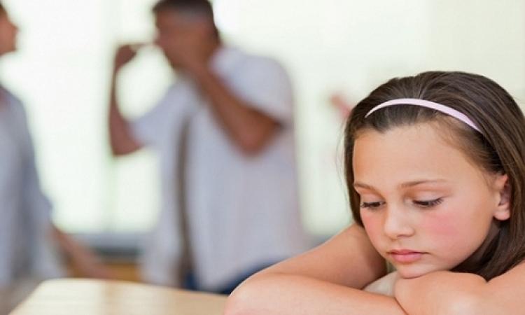 انفصال الأبوين أكثر صعوبة على نفسية الفتيات