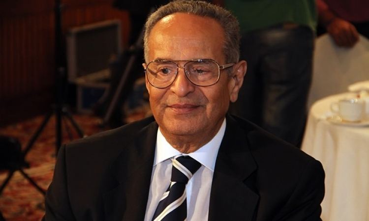 أبو شقة يترأس الجلسة الافتتاحية لمجلس النواب