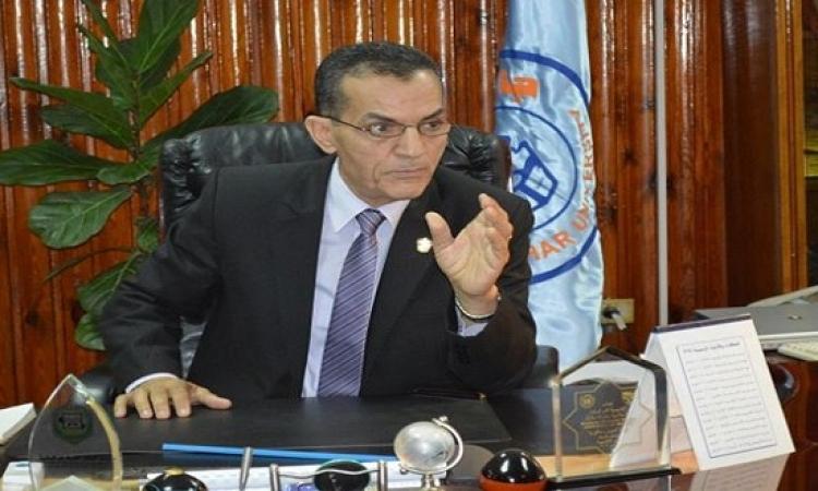 أسرار استقالة رئيس جامعة الأزهر : شهادته طلعت مزوَّرة !!