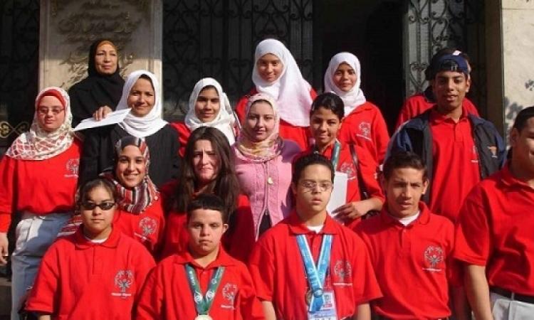 250 شاب وفتاة من متحدى الإعاقة يزورون متحف النوبة