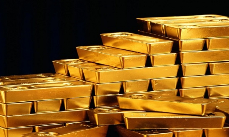 الذهب يتراجع إلى أدنى مستوى له فى 10 أشهر