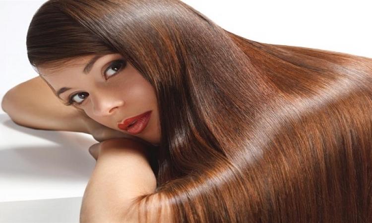 وصفات منزلية سهلة تجعل شعرك ناعم كالحرير