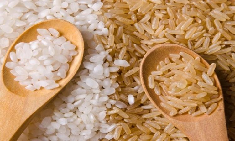 الأرز الأبيض والبنى يحتوى على العديد من الفوائد الغذائية
