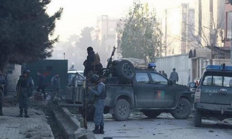 مسؤول: شرطى أفغانى يقتل 10 من زملائه بعد أن سمم طعامهم