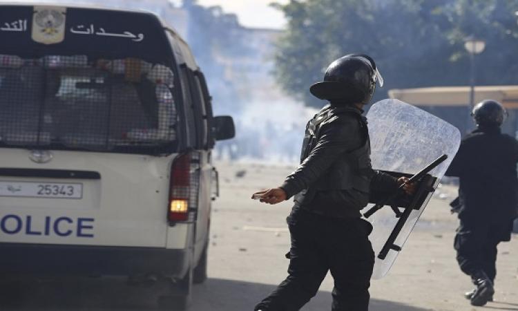مقتل شرطى تونسى سحلاً على يد متظاهرين فى القصرين
