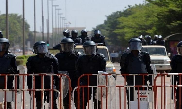 انتهاء هجوم بوركينا فاسو بسقوط 27 قتيلا وتحرير 126 رهينة