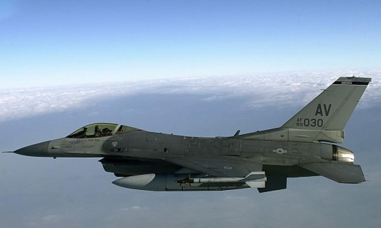 اول فيديو لسقوط طائرة الـ F-16 بقاعدة فايد بالاسماعيلية