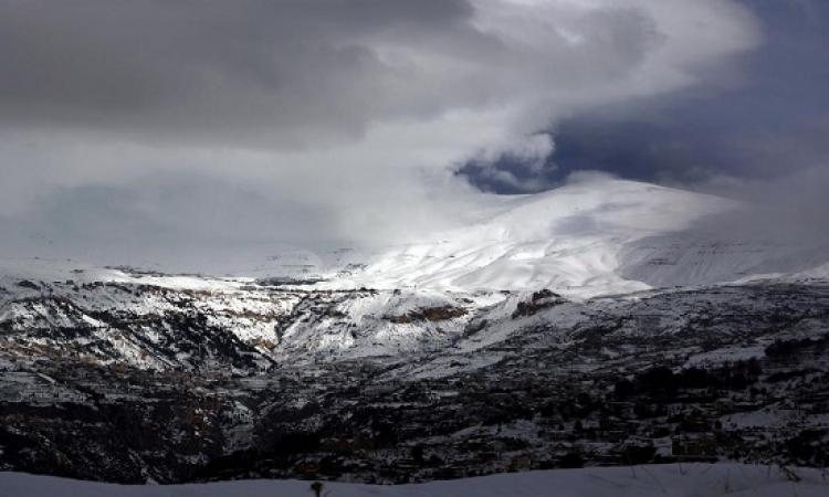 """العاصفة الثلجية """" تلاسا """" تضرب شرق المتوسط"""