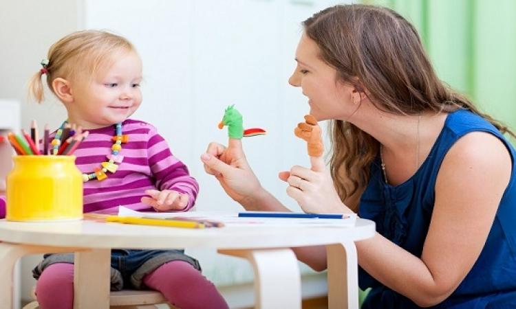 7 فوائد من لعبك مع طفلك .. حتى اللعب مفيد !!
