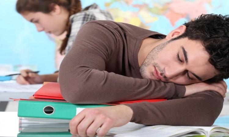 هواة السهر يختلفون عن هواة النوم المبكر فى المظهر والصحة