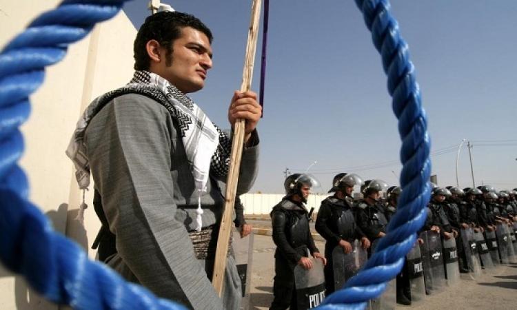 إيران المنددة بالاعدامات .. بلد المشانق المعلقة