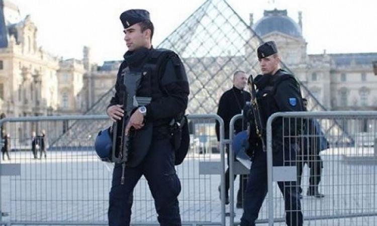خمس مدارس بباريس تتلقى تحذيرات هاتفية من وجود قنابل