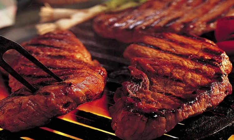 ماذا يحدث لجسدك حين تتوقف عن أكل اللحوم ؟