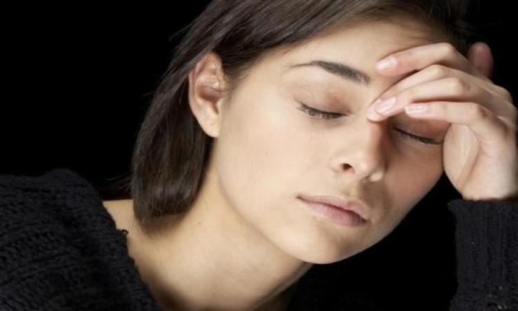 انفوجراف .. 5 مأكولات تساعدك على تجاوز القلق والتوتر