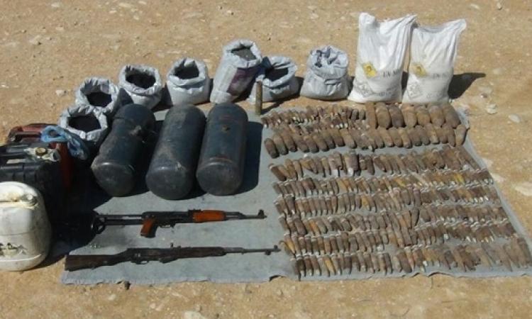 بالصور .. الجيش يضبط كمية كبيرة من المتفجرات بوسط سيناء