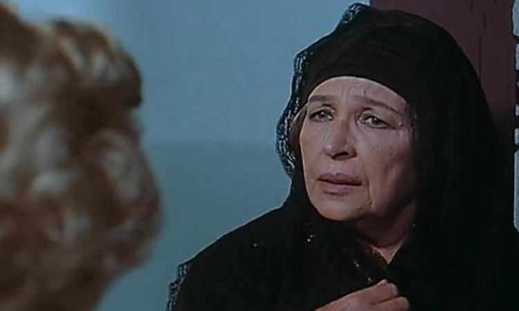 بالفيديو .. قصة الزوج الوحيد للآنسة أمينة رزق !!