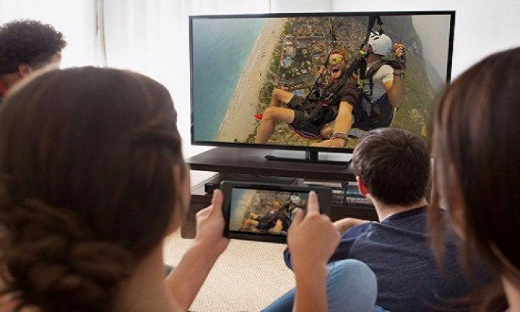 طريقة تحويل التلفزيون العادى إلى ذكى بـ ٣٥ دولار !!