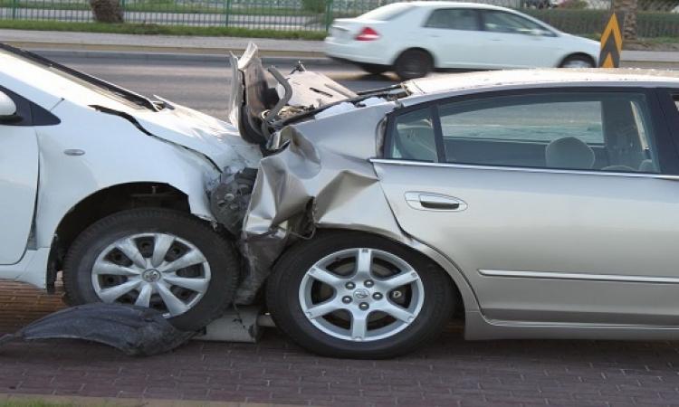 زحام مرورى بسبب حادث تصادم 4 سيارات أعلى محور المشير طنطاوى