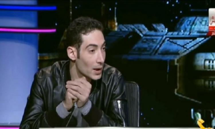 بالفيديو .. حساسين يطرد مدعى ألوهية بعد حديثه عن اعدام السيسى
