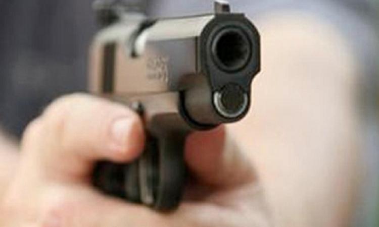أمين شرطة يطلق عيار نارى على 3 أشخاص بالمنيا