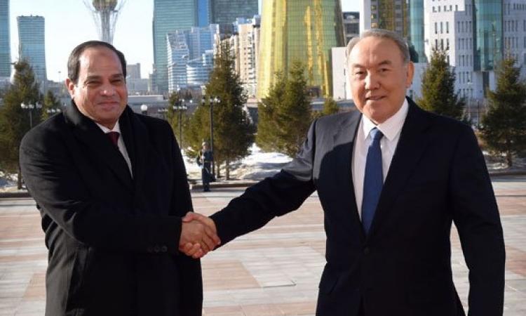 السيسي يلتقي رئيس كازاخستان