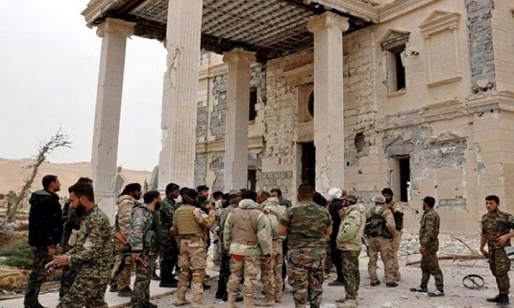 الجيش السورى يستعيد بلدة استراتيجية شمال تدمر