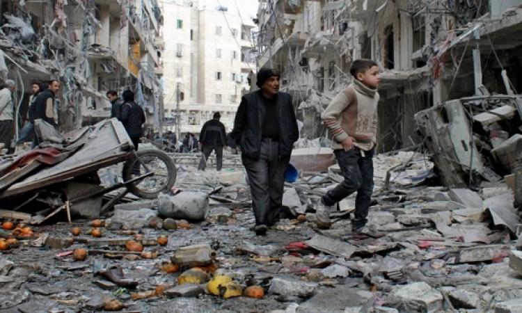 الجيش السورى يسقط منشورات ومساعدات غذائية على حلب