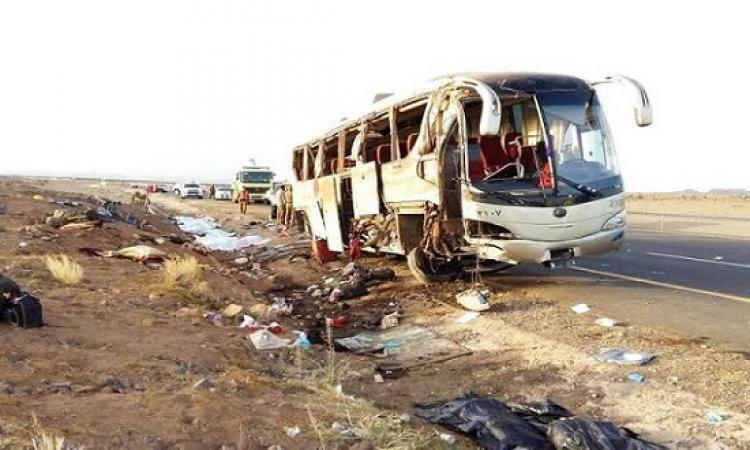 مصرع 19 معتمراً وإصابة 25 فى انقلاب حافلتهم بطريق مكة – المدينة