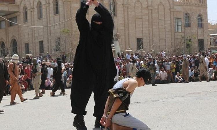 """مقتل """"سياف داعش"""" بغارة جوية للتحالف في الرقة"""