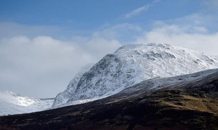 زيادة ارتفاع أعلى جبل فى بريطانيا متراً واحداً