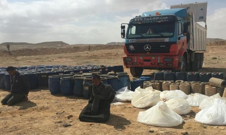 بالصور .. الجيش يضبط سيارة نقل محملة بالمتفجرات بسيناء