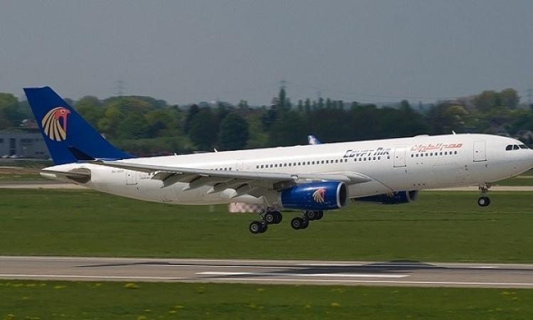 اختطاف طائرة تابعة لمصر للطيران وهبوطها فى مطار لارنكا بقبرص