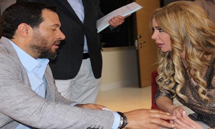 شركة إنتاج بدبى تصالح ماجد المصرى بزوجته على الريد كاربت