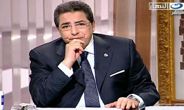 صورة نادرة .. محمود سعد يرُصّ الشيشة لوحيد حامد زماااان !!