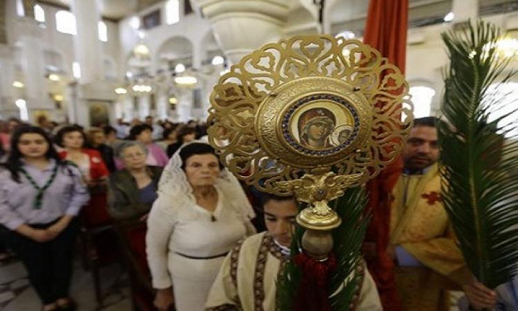 بالصور .. احتفالات المسيحيين بأحد السعف حول العالم