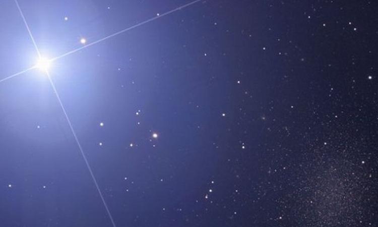 اكتشاف أول نجم يحتوى على غلاف من الأوكسجين النقى