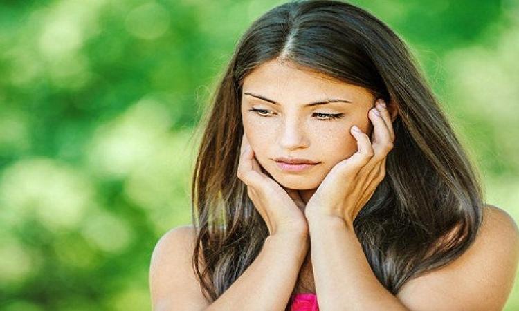 5 مؤشرات تدل على فقدانك الثقة فى النفس