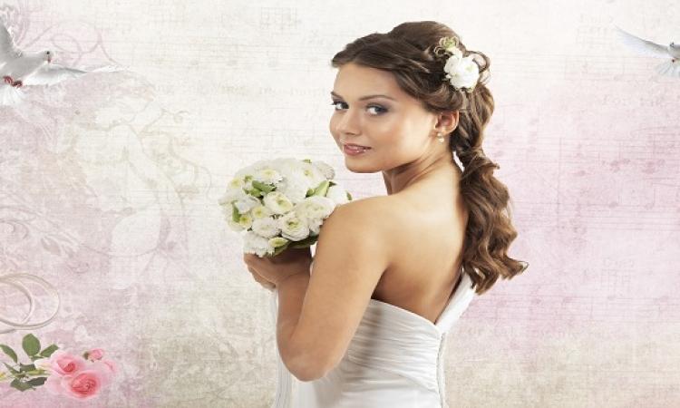 لكل عروس .. المخمرية الخليجى لتعطير الجسم والشعر