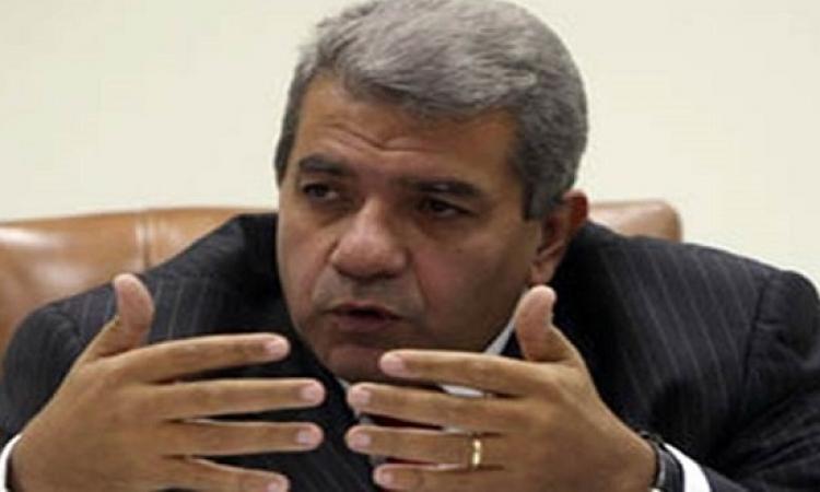وزير المالية : 319 مليار جنيه عجزًا فى موازنة 2016-2017