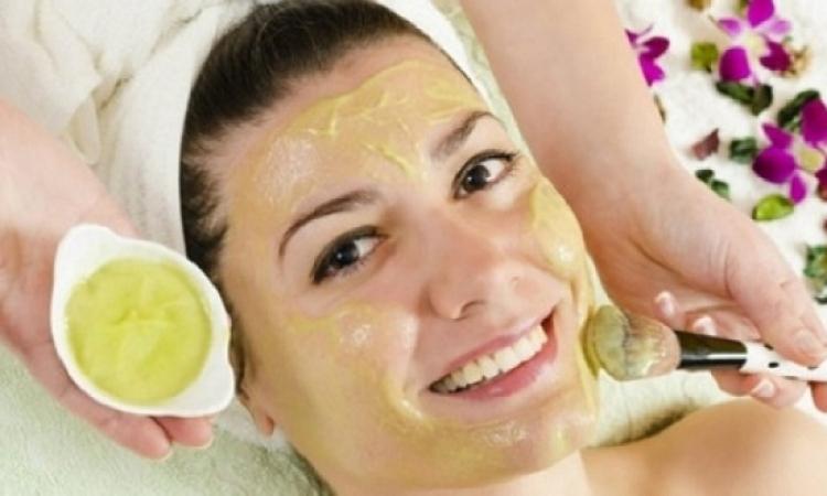 نصائح مهمة عند وضع قناع الوجه لبشرة نقية وشابة