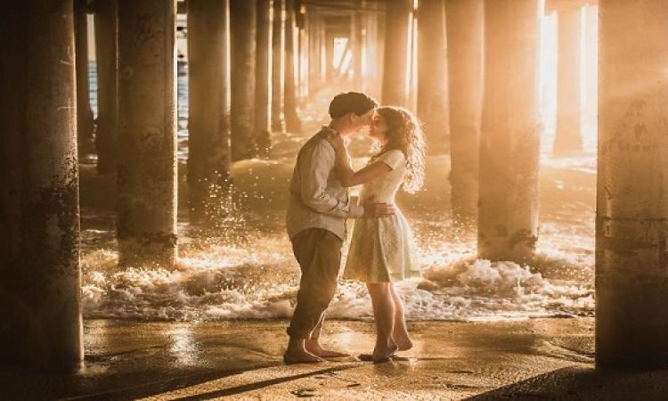 للعشاق فقط .. أفضل 15 صورة للارتباط والحب لعام 2016