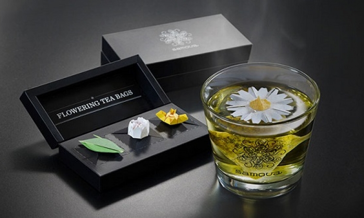 بالصور .. افكار مبتكرة لأكياس الشاى : ورد وشماعات ودولفين
