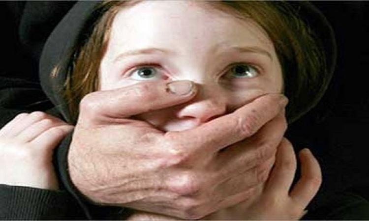 انتبه.. 18 علامة تؤكد تعرض طفلك للاعتداء الجنسى