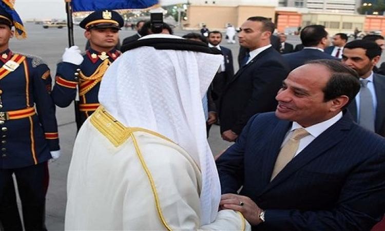 الرئيس السيسى يستقبل ولى عهد أبوظبى بمطار القاهرة