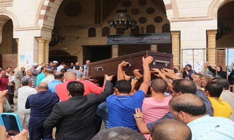 بالصور .. تشييع جثمان وائل نور من مسجد السيدة نفسية