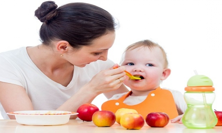 كيف تتعاملين مع مشاكل الفطام عند طفلك ؟