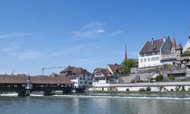 قصة القرية السويسرية التى رفضت استقبال 10 لاجئين !ّ!
